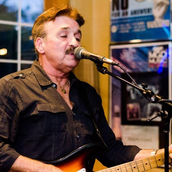 Live Music from Carl Webb